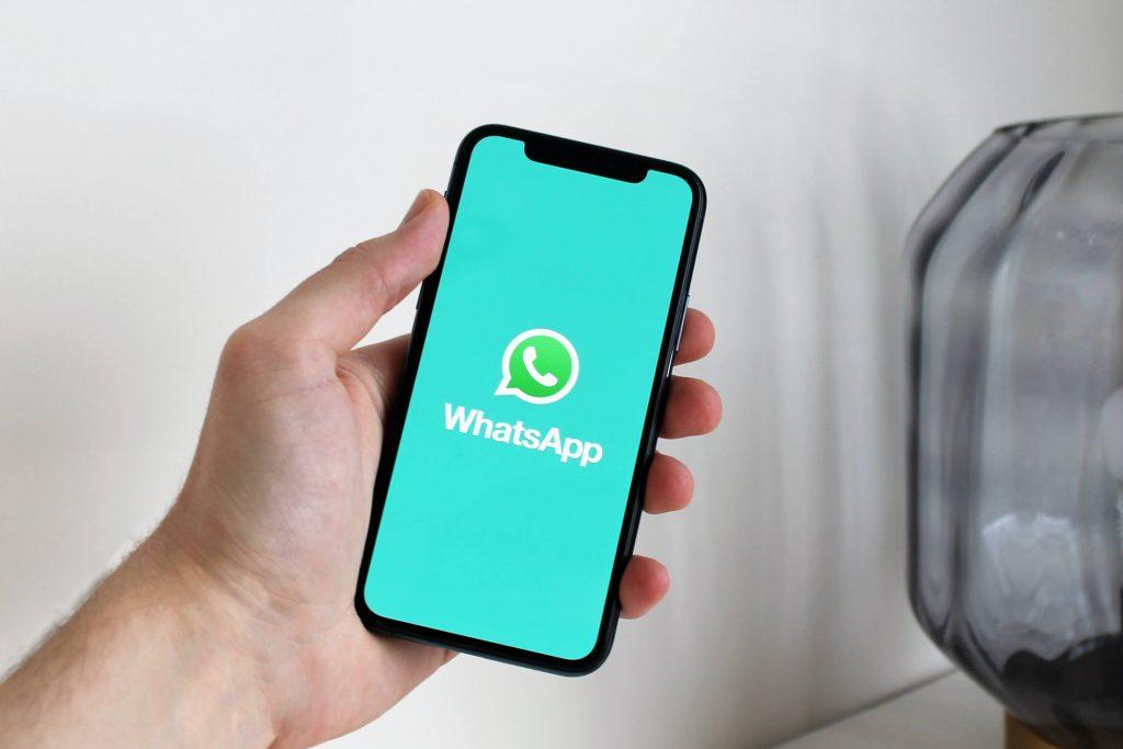 WhatsApp verification code scam