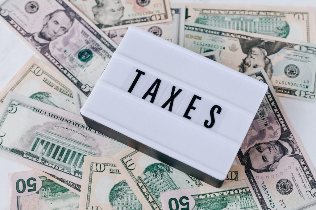 TAX SCAMS - HOW TO KEEP YOUR MONEY AND DATA SAFE