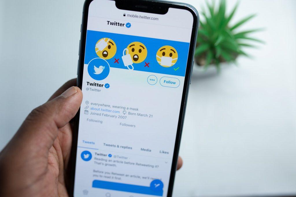 Twitter Follower Scam