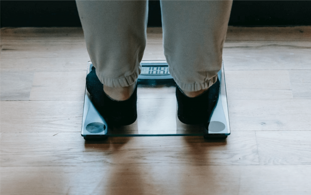 can us arlines weigh passengers?