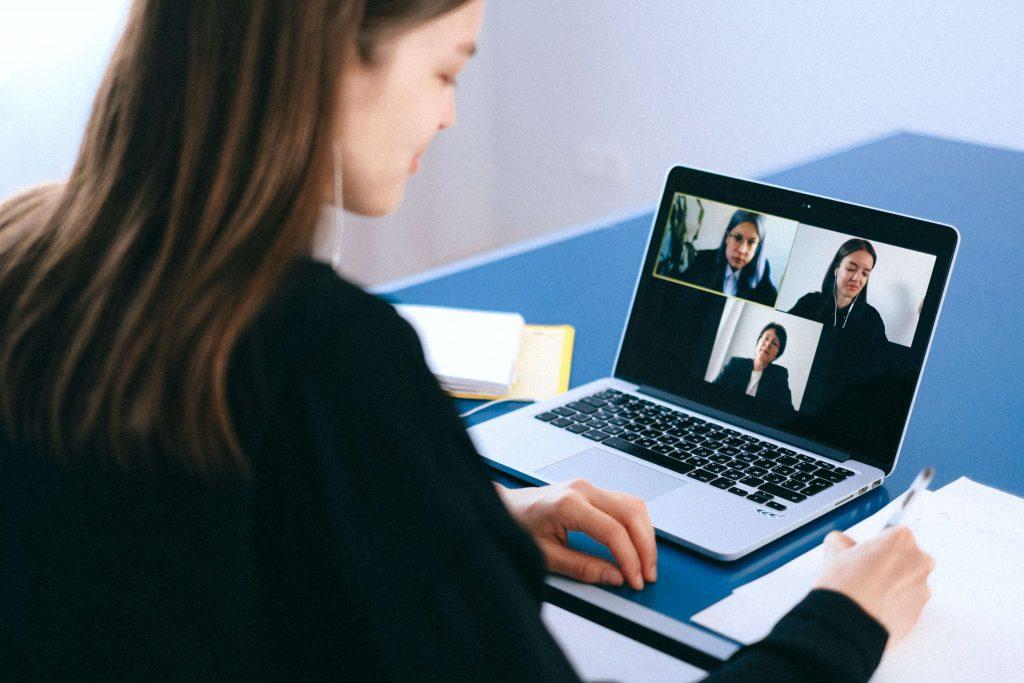 stay safe in online meetings